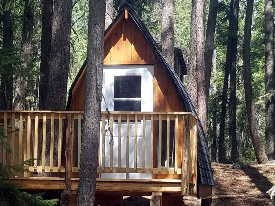 Valhalla Pines Campground and Guesthouse